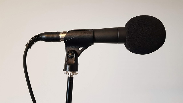 Dynamic microphone for podcast audio recording
